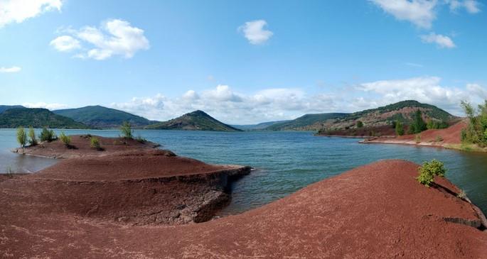 Image Le lac du Salagou et le Mont Liausson