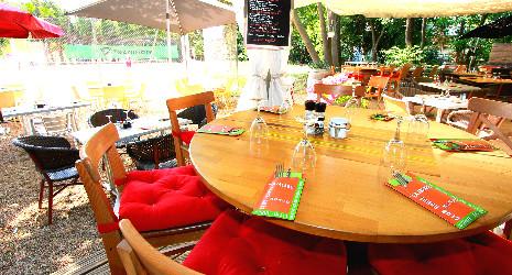 Image Club House La Jalade - Restopolitan - Offre : Formule du Jour à 18,00€ (Plat + Dessert + Café)