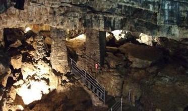 Image Visite guidée de la Grotte de Cravanche