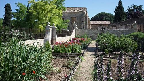 Image Jardin médiéval Saint Jean des Anneaux
