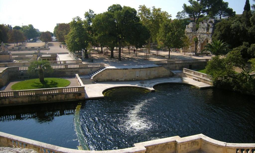 Image Jardins de la Fontaine et Temple de Diane