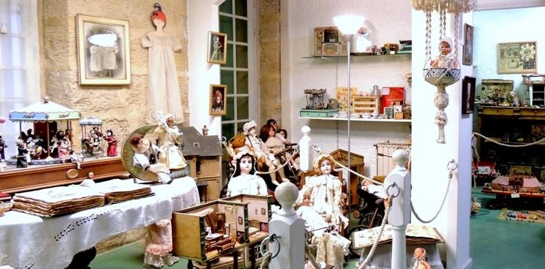 Image Musée Jouet et Poupée Ancienne