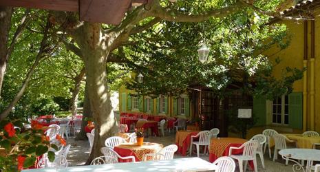 Image Hostellerie du Moulin de la Sambuc - Offre : Restopolitan - Entrée + Plat au choix à la Carte (hors Menu)