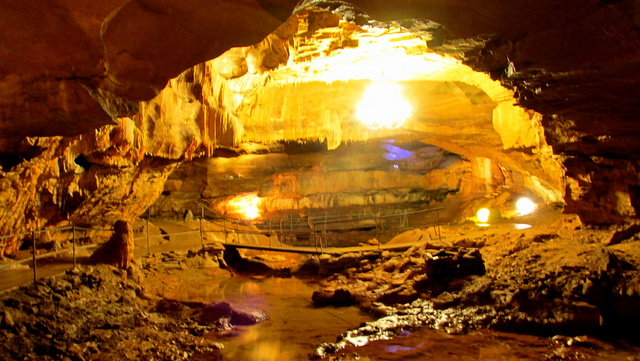 Image Les Grottes de Baume les Messieurs
